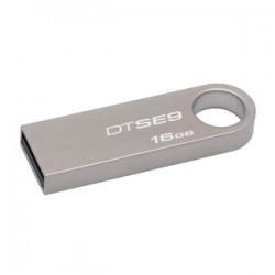 *** C'est CADEAU *** Clé USB 3.0 Kingston 16GB